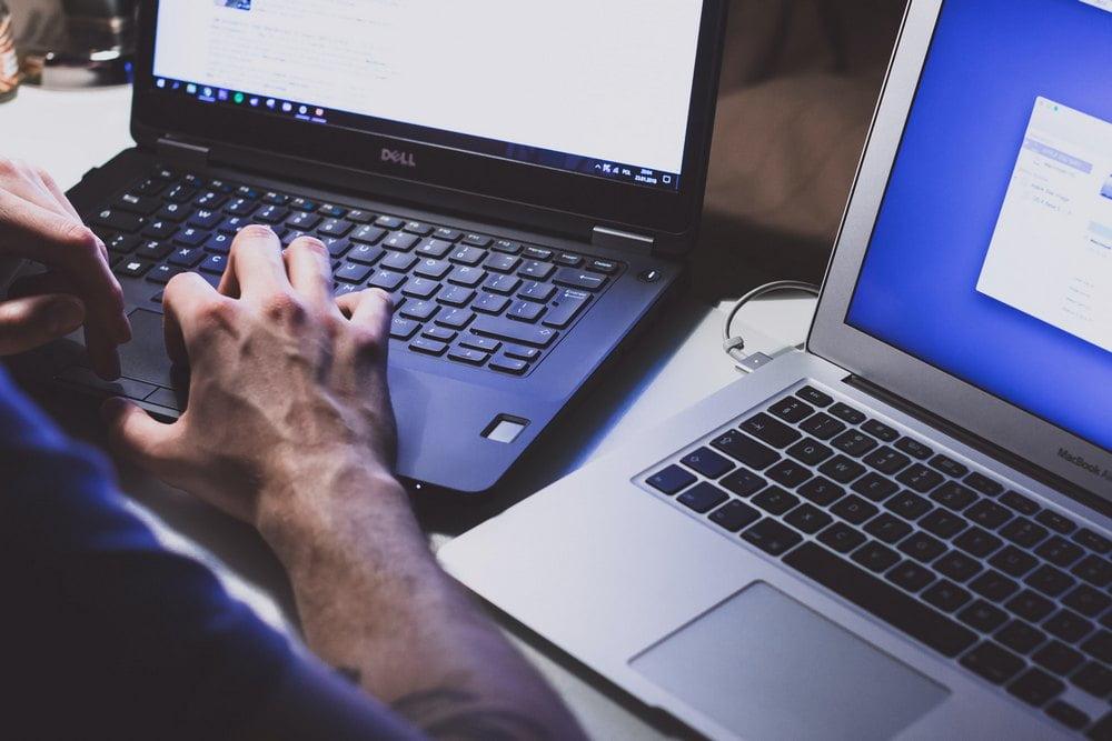 Surffaa verkossa huoletta – ota käyttöösi VPN